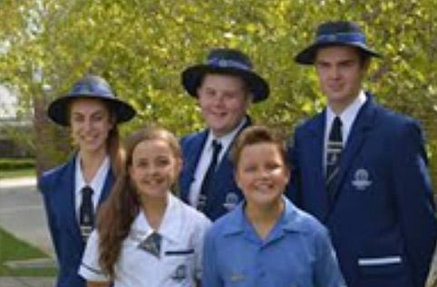 オーストラリア・クイーンズランド州ジンブンバ 私立小中高体験入学